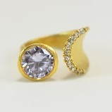 24K Gold-Plated Tiffany Style Light Purple Crystal & CZ  Ring
