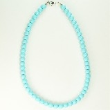 j-l Turquoise Bead Necklace